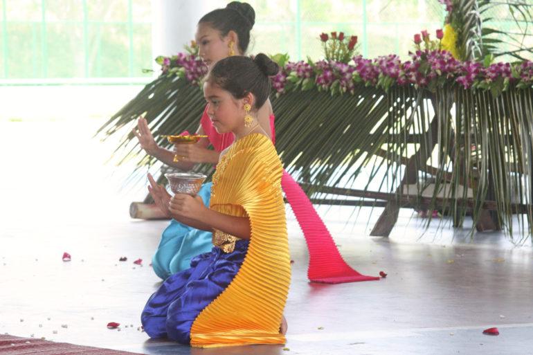Danza durante il Songkran