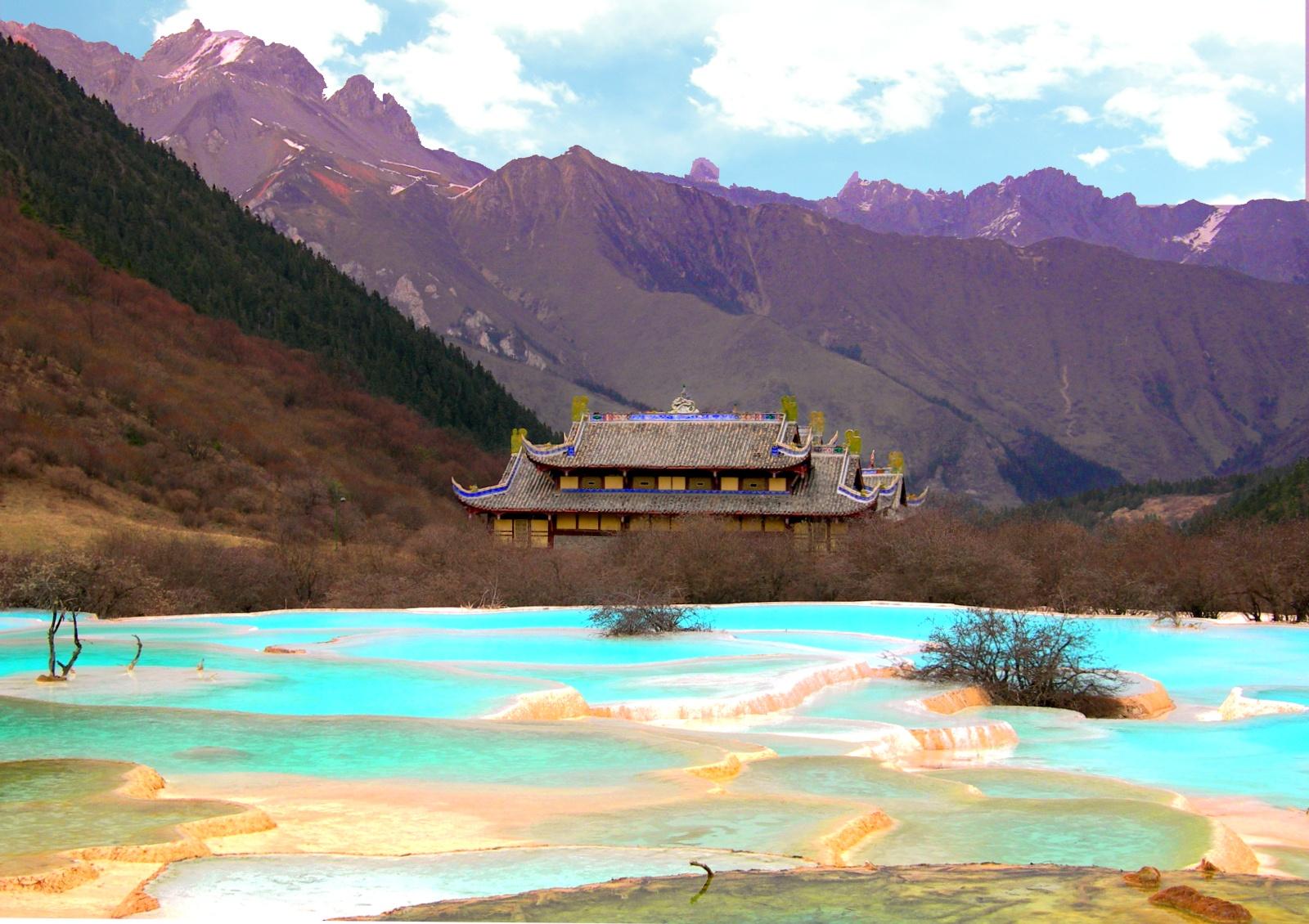 Huánglóng Sichuan e le piscine colorate