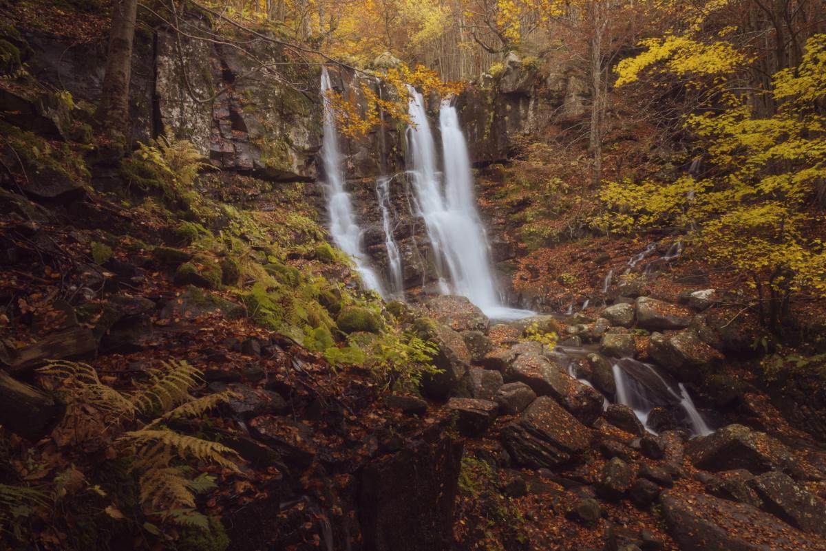 cascate del dardagna in autunno