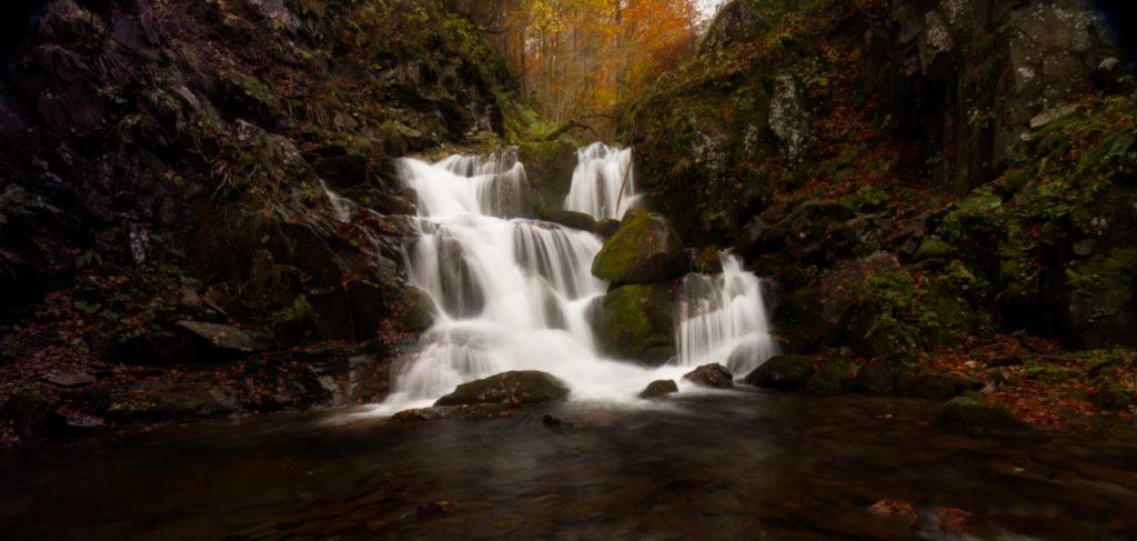 Le cascate del Dardagna in autunno